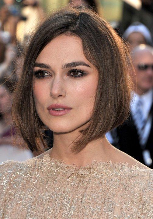 Pilihan gaya rambut untuk wajah berbentuk persegi