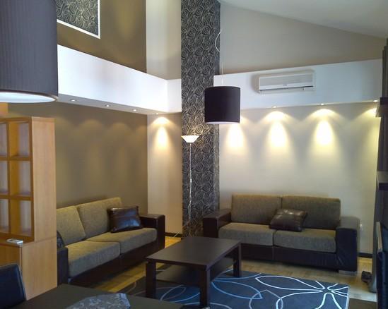 wallpaper dinding ruang tamu si momot
