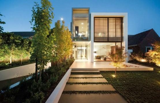 contoh-foto-rumah-mewah-2-lantai-minimalis-2013-555x358