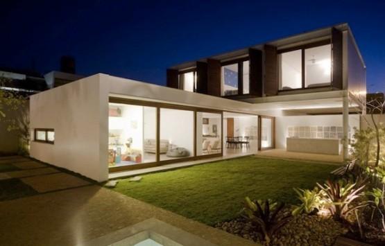 contoh-gambar-rumah-idaman-2-lantai-rumah-mewah-2-lantai-2-tingkat-terbaru-2013-555x355