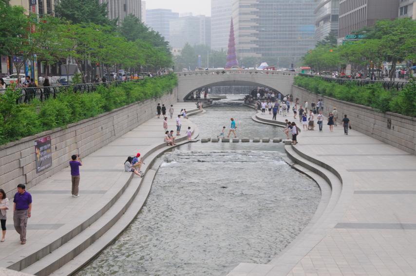 tidesti: Keindahan sungai Cheonggyecheon Seol Korea Selatan
