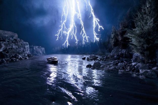 Foto hyper-realist karya Matthew Albanee