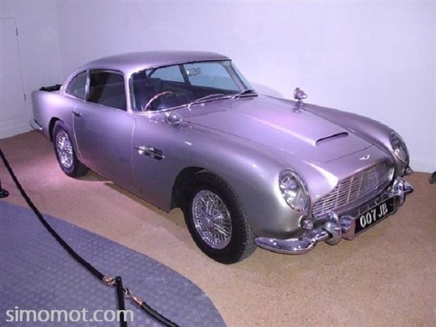 Yuk, nengok koleksi mobil-mobil James Bond yang aduhai