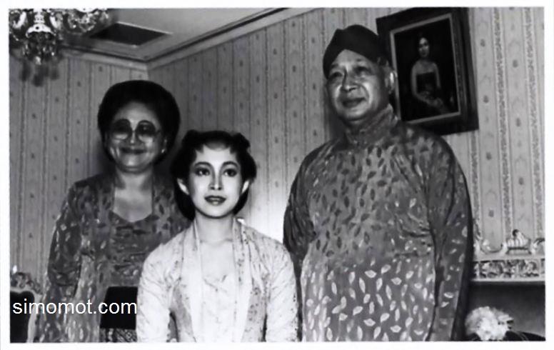 Foto Perjalanan Cinta Prabowo Subianto Titiek Soeharto  Si Momot