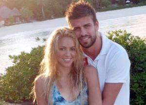 Shakira (Gerard Pique) feat