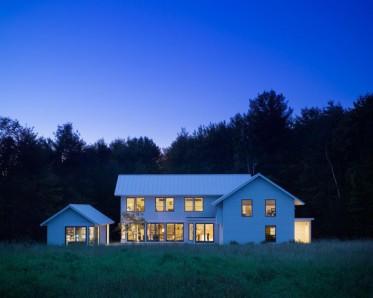 Rumah Bergaya Amerika (5)