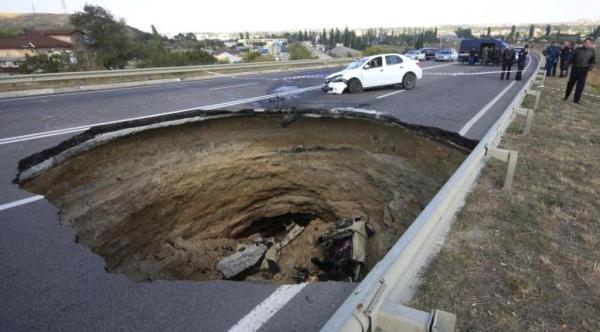 Sinkhole di Crimea. (Reuters)