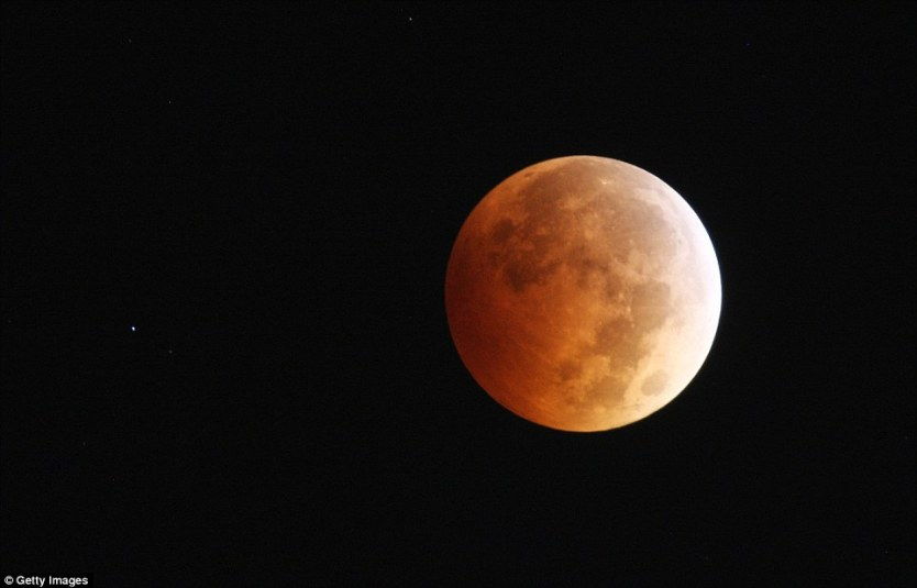 Gerhana Bulan Merah Total Los Angeles