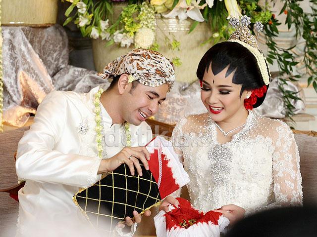 Raffi Ahmad nikahi Nagita Slavina