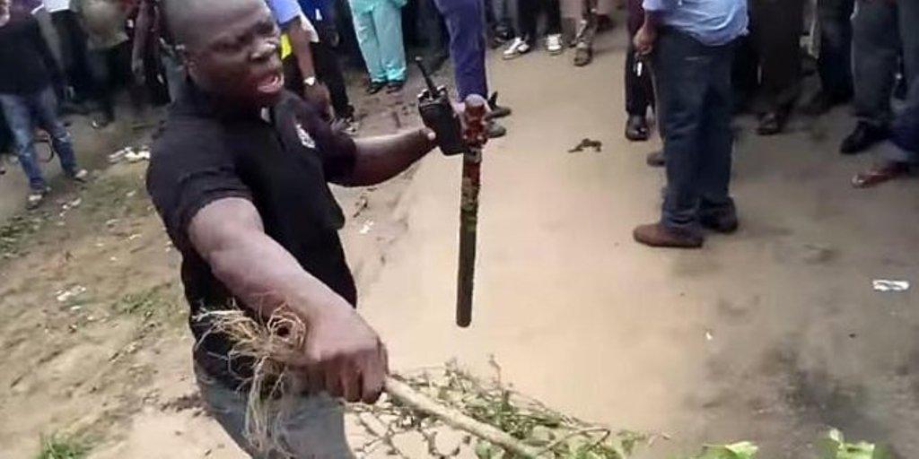 ... di Nigeria berubah wujud jadi perempuan, videonya beredar di YouTube