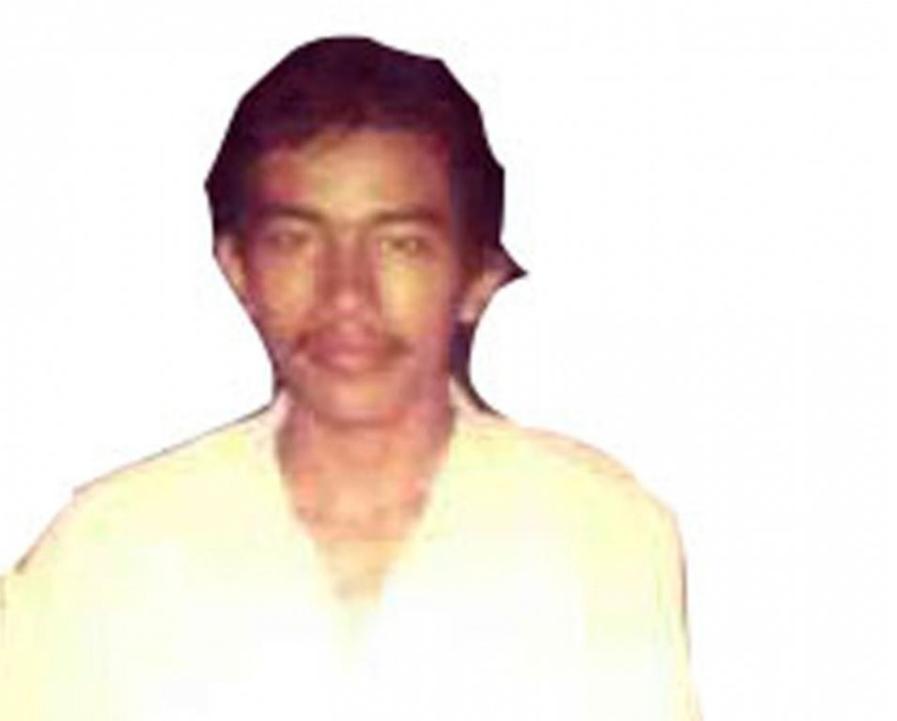 Foto Jokowi saat masih muda yang didapat dari salah satu temannya semasa SMA. Dalam Foto ini Jokowi tampak berkumis tipis. (Merdeka/Arie Sunaryo)