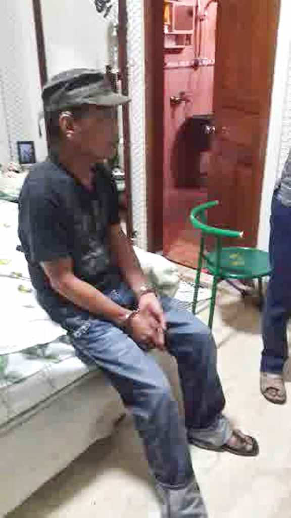 foto tessy digerebek polisi di kamar