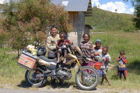 Keliling Indonesia Naik Motor