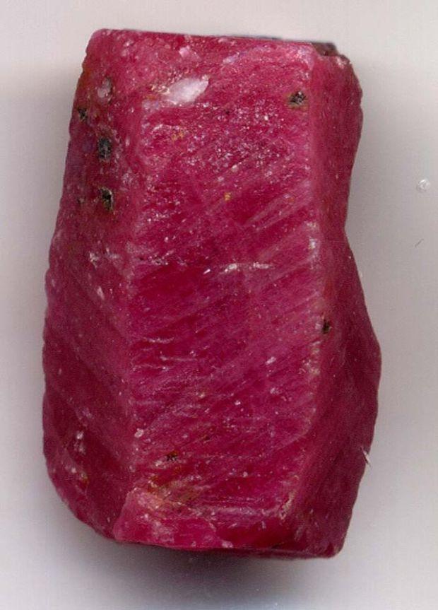 struktur kristal ruby