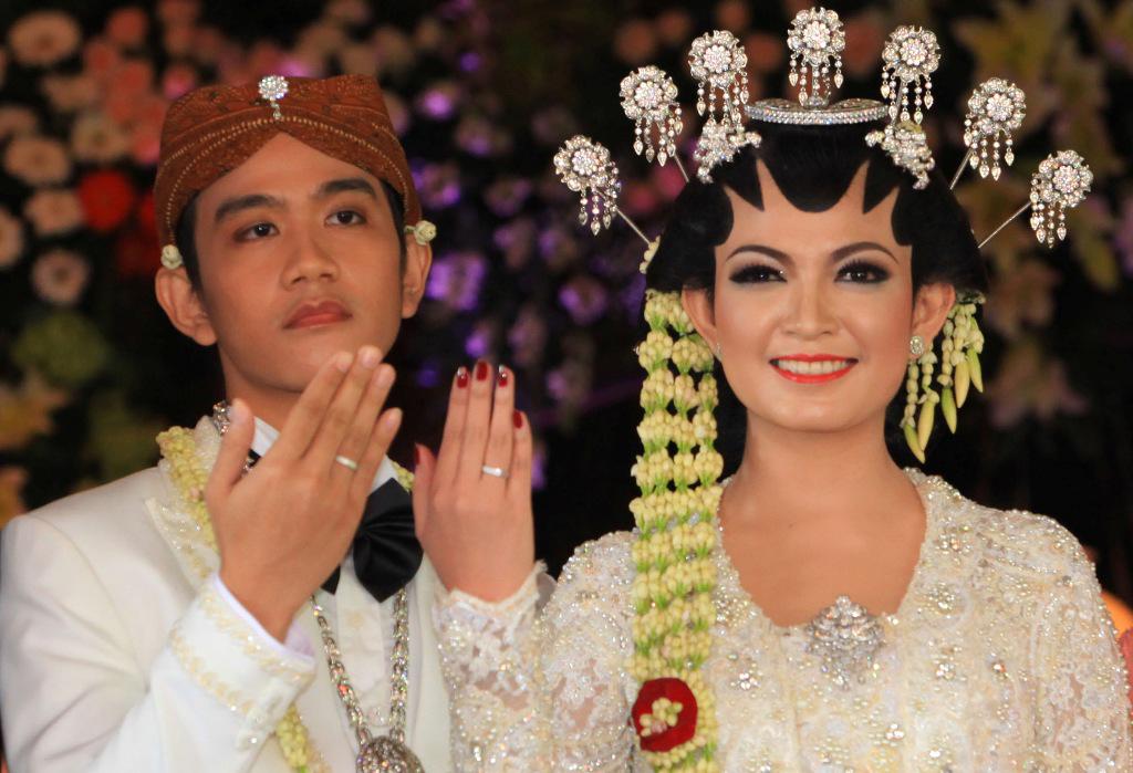 Sah!! Inilah foto-foto lengkap akad nikah Gibran Jokowi-Selvi Ananda