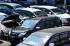 Seorang teknisi melakukan pemeriksaan mesin mobil di persewaan mobil Toyota Rent A Car (TRAC), Surabaya, Jawa Timur, Selasa (7/7). Memasuki H-10 lebaran 2015, perusahaan jasa sewa mobil mengalami lonjakan permintaan hingga 90 persen lebih permintaan sewa mobil untuk jangka waktu sewa harian hingga mingguan. ANTARA FOTO/M Risyal Hidayat/