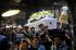 Sejumlah keluarga, kerabat, dan abdi dalem Keraton Yogyakarta mengusung peti jenazah istri kelima Sultan HB IX, Kanjeng Raden Ayu (KRAy) Nindyokirono, keluar dari Bangsal Manis saat prosesi pemakaman di Keraton Yogyakarta, Kamis (3/9). KRAy Nindyokirono meninggal pada usia 85 tahun di Jakarta Rabu (2/9). Istri terakhir Sultan HB IX tersebut dimakamkan di komplek pemakaman raja di Imogiri. ANTARA FOTO/Andreas Fitri Atmoko/