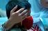 Pasien Infeksi Saluran Pernapasan Atas (ISPA) menanti giliran periksa di Puskesmas Merdeka Palembang, Sumatera Selatan, Selasa (29/3). Sejumlah Puskesmas di Pusat Kota Palembang mencatat peningkatan pasien ISPA dari bulan Agustus hingga akhir September mencapai 30 persen seiring dengan memburuknya kualitas udara di Kota Palembang. ANTARA FOTO/ Feny Selly